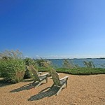 Adirondack-chairs-Hamptons